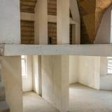 Комната в два уровня