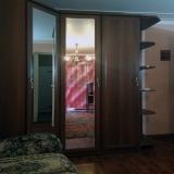 Комната с шкафом