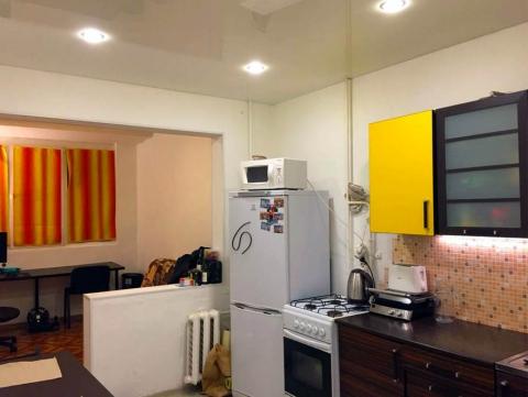 Квартира на Макренко с хорошим ремонтом.