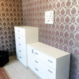 Комната с комодом