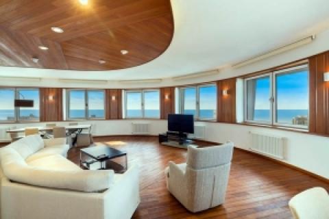 Квартира в центре в Корабельном стиле.